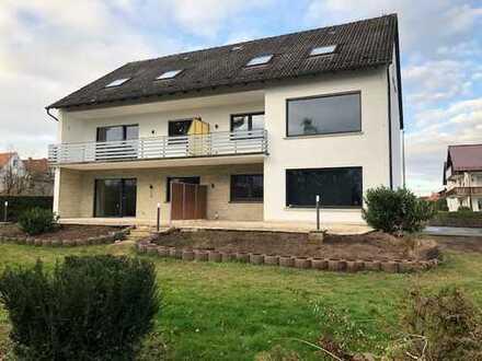 Erstbezug nach Sanierung: schöne 3-Zimmer-Wohnung mit Einbauküche und Balkon in Großostheim