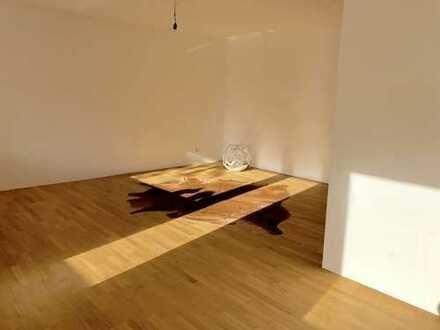 Sanierte 3 Zimmer Wohnung in Essen Bredeney, Grenze Rüttenscheid