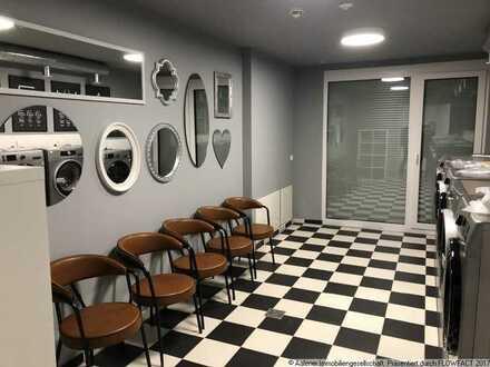 Betreutes Wohnen! Rollstuhlgerechte 2-Zimmer-Wohnung mit Einbauküche in Seniorenresidenz