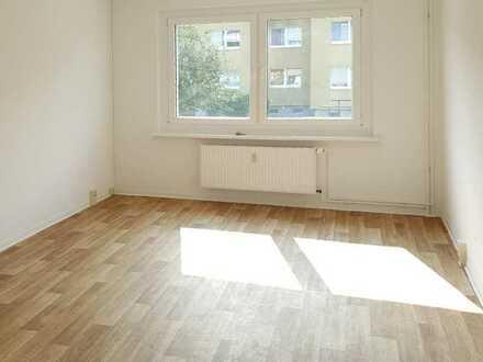 2-Zimmer-Wohnung im Erdgeschoss steht zur Verfügung!