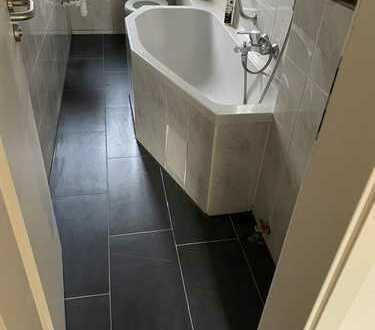 WG Neugründung*Neu renoviert*3-Zi*Neue Küche*Melanchthonplatz*super zentral und ruhig