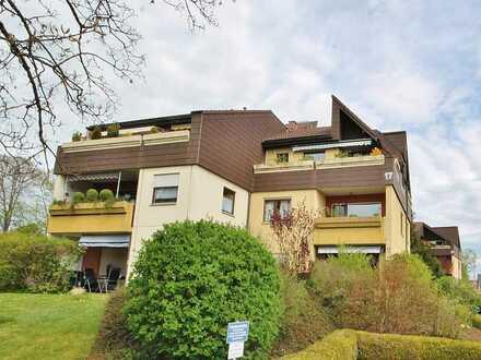 Modernes Wohnen, Einbauküche, Balkon!