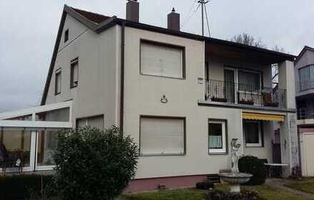 Schönes, geräumiges Haus mit fünf Zimmern in Augsburg (Kreis), Neusäß