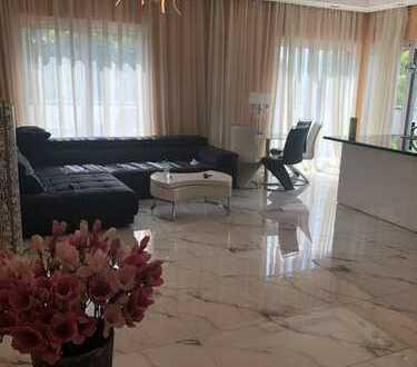 Möblierte Luxus Penthousewohnung zu vermieten