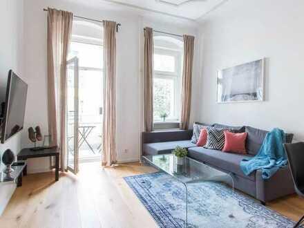 Cozy & beautiful apartment in quiet street!