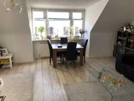 Maisonette-Wohnung mit guter HVV-/ BAB-Anbindung / 3 Zimmer / Studio