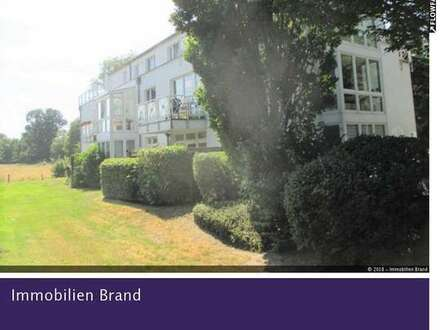 Gepflegte 3 ZKB Wohnung mit Balkon und PKW-Stellplatz! Vermietet.