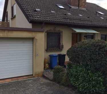 Schöne Doppelhaushälfte mit fünf Zimmern in Bad Mergentheim