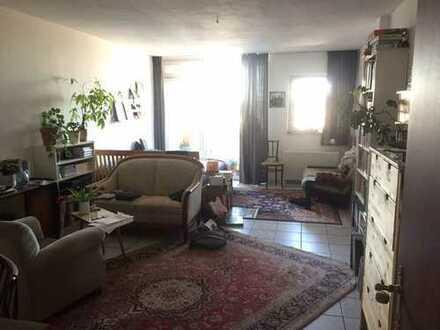 Helle und freundliche 2-Zimmer-Wohnung mit zwei Balkonen in Köln-Ehrenfeld