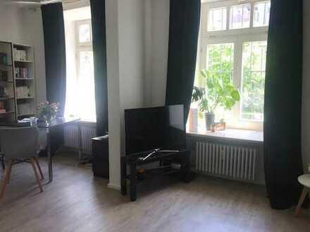 Helle, geräumige 1-Zimmer-Wohnung mit Einbauküche in Ludwigsvorstadt-Isarvorstadt, München