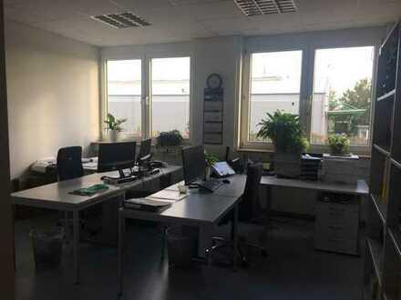 OHNE PROVISION: Nachmieter für Büroetage auf der Friesenheimer Insel gesucht.