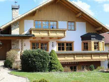 Sehr großzügiges top gepflegtes Einfamilienwohnhaus in Maxhütte-Haidhof