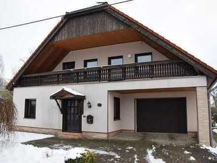 Individuelle 3,5-Zimmer-Maisonette-Wohnung mit Balkon und EBK in Seelitz OT Steudten