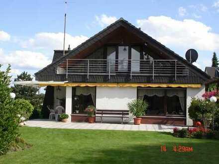 Bildschönes Einfamilienhaus 190 m² Wfl. auf 1.350 m² Traumgrundstück, 53332 Bornheim