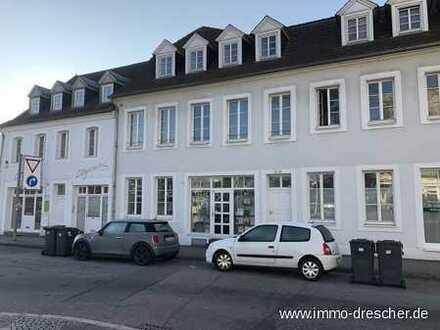 Lang vermietetes Ladenlokal in der Nähe des Saarbrücker Schlosses - eine besondere Gelegenheit für S