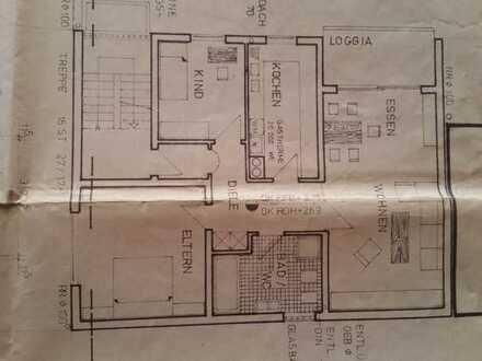 Gepflegte 3-Zimmer-Wohnung im 3-Familienhaus Balkon, Kellerraum, Garage in Waldsee