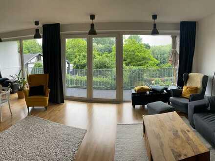 Helle, geräumige drei Zimmer Wohnung in Düsseldorf, Kaiserswerth