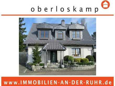 Freistehendes Einfamilienhaus mit herrlichem Grünblick im wunderschönen grünen Stadtteil Holthausen!