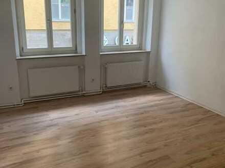 Wunderschöne, helle Wohnung im Herzen von Stuttgart (ALS WG!)