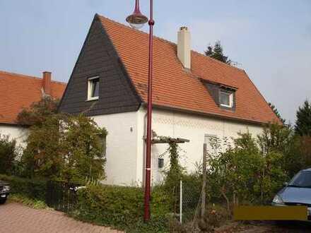 Haus / großes Baugrundstück in bester Wohnlage in Maxdorf (Siedlung)