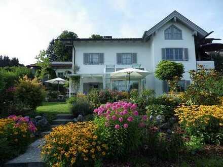 """""""Königliche Aussichten"""" Landhausvilla am Hopfensee"""