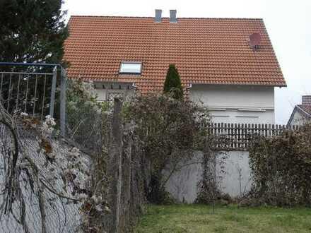 Cleebronn - Doppelhaushälfte mit ausreichend Platz
