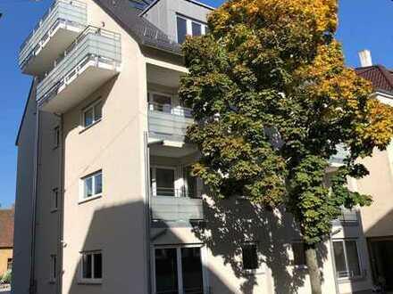 Neubau mit Balkon und EBK in Stuttgart-Zuffenhausen