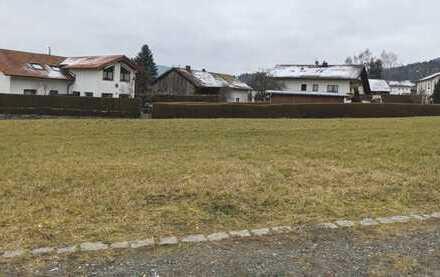 Sonniges Baugrundstück in kleinem Baugebiet in Neukirchen b. Hl. Blut