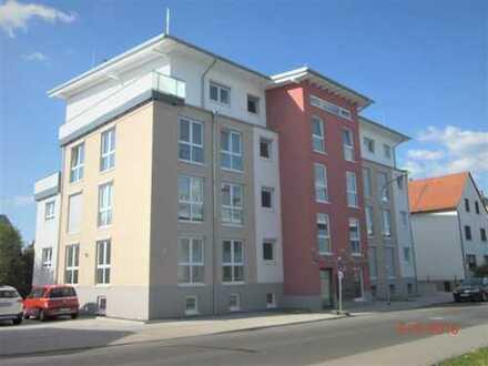 Helle, neuwertige 4-Zimmer-Wohnung mit Balkon in Obertshausen in unmittelbarer S-Bahn-Nähe