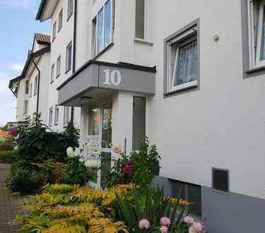 Stilvolle, gepflegte 3-Zimmer-Wohnung mit Balkon und Einbauküche in Renningen