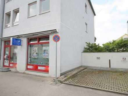 Laden 90 qm mit Schaufenstern und Stellplatz*