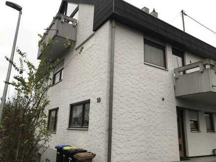 Schönes Haus mit fünf Zimmern in Esslingen (Kreis), Wendlingen am Neckar