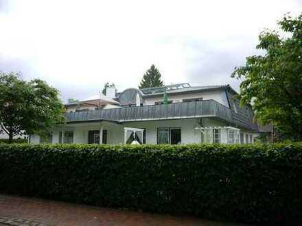 Penthousewohnung mit 45 m² Dachterrasse zum See