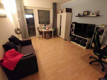 1,5 Zimmer City-Wohnung mit Balkon und Einbauküche nahe ECE-Center
