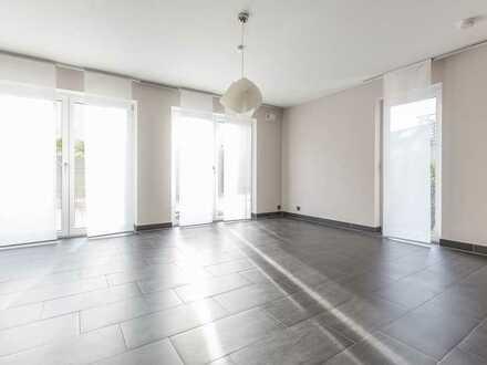 Exklusive Doppelhaushälfte mit hochwertiger Ausstattung und großzügigem Raumkonzept
