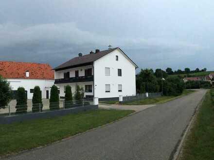 EG Wohnung 4 Zim.105 Qm in Zweifamilienhaus mit Terrasse/Garten