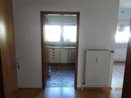 2-Zimmer-EG-Wohnung mit EBK in Pfullingen