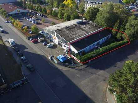 WERBEWIRKSAME GEWERBEFLÄCHE MIT ca. 275 m², AUF 2 ETAGEN + GARTEN PROVISIONSFREI ZU VERMIETEN