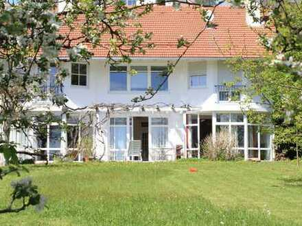 Großzügiges EFH(Villa) mit fünf Zimmern, Schönberg (Kreis Freyung-Grafenau)