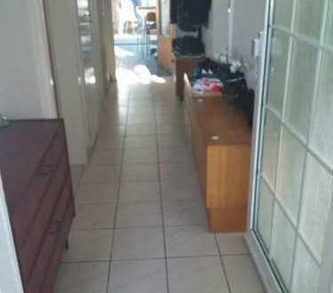 möblierte 3-Zimmer-Wohnung mit Balkon und EBK in Darmstadt-Arheilgen