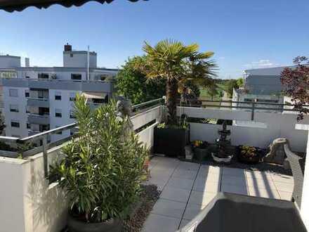 Ein fantastischer Ausblick- Penthousewohnung in Heddesheim mit zwei Terrassen