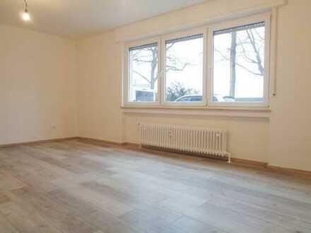 **Renoviertes Erdgeschoss-Apartment direkt am Rhein**