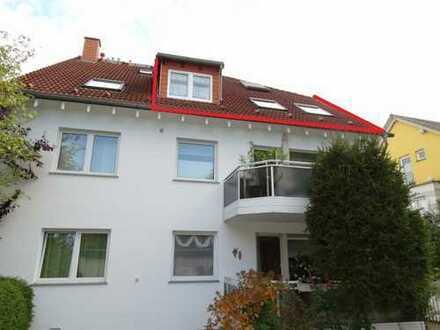 Top-Lage: Kleines Apartment mit Einzelgarage