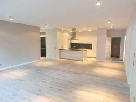 Großzügig und modern: Stilvolle Drei-Zimmer-Wohnung in Schillerslage