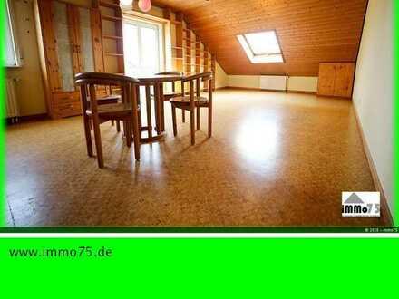 lichtdurchflutete und gemütliche 3 Zimmer Dachgeschosswohnung