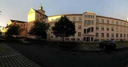 Sachs.ona Geschäftspark; 3 nebeneinanderliegende Büros