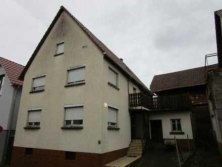 Schnäppchenobjekt für Handwerker, sanierungsbedürftiges Haus in Neulingen-Nußbaum mit 815 m² Grundst