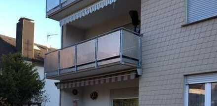 tolle renovierte 5-Zimmer Wohnung in 3-Familienhaus