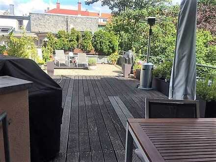 Vollständig renovierte 4-Zimmer-Wohnung mit Balkon und EBK in Karlsruhe