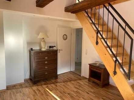 Freundliche und gemütliche Dachgeschoss-Wohnung in Orbis